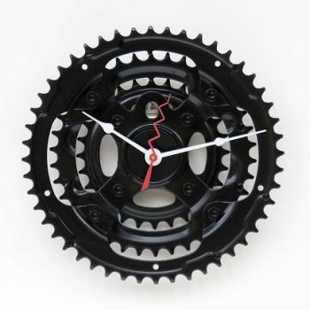 recycled bike chain ring clock