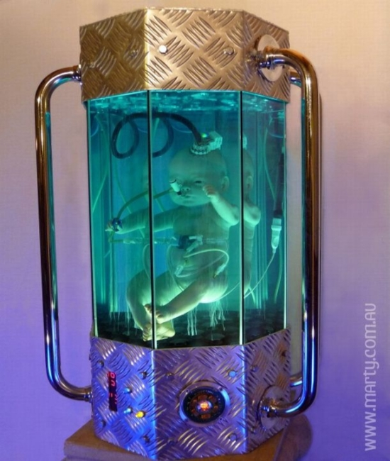 scifi artificial womb sculpture4
