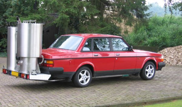 Volvo 240 converted to run on wood-gas