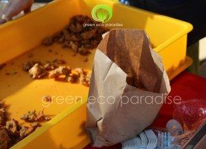 Paper bag for fried pakoda in Thaipusam