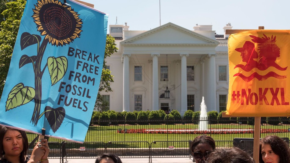 Protest at the White House (Image: Paul J Richards | AFP | Getty Images)