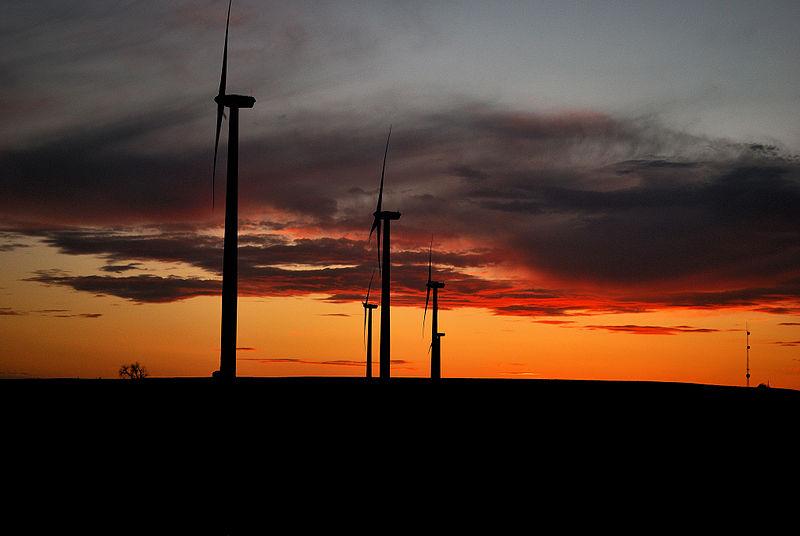 Wind turbines in Oklahoma (US Geological Survey photo, Wikimedia Commons)