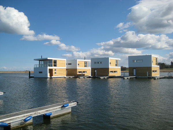 floating_home3
