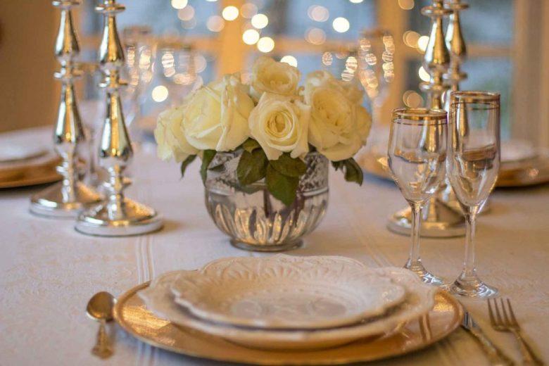 Diner en blanc bridal shower theme