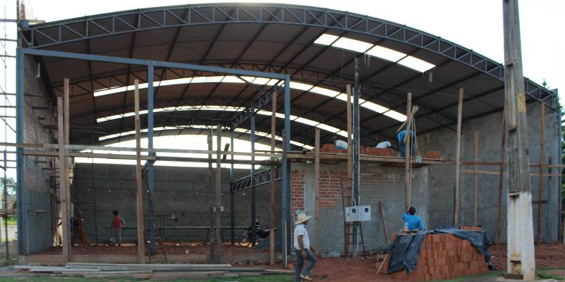 Warehouse 091116: Steel frame for the office and showroom area.