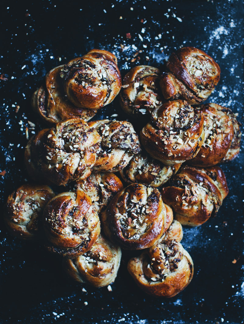 Green Kitchen Stories » Hazelnut, Apple & Chocolate Buns