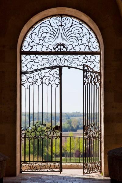 La grille de Blaise Charlut à La Réole. © Elodie Rothan