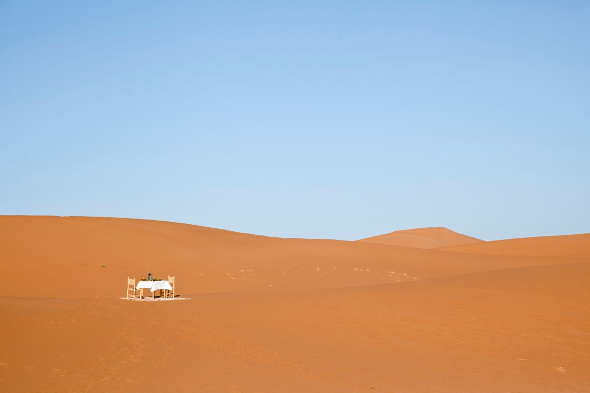 Le petit-déjeuner, Umnya Dune Camp, Maroc. © Elodie Rothan