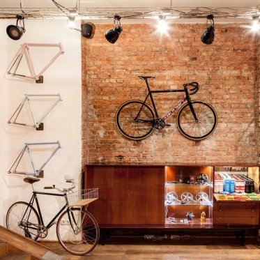 Bike and frames in the showroom - photo: Standert Bicycles
