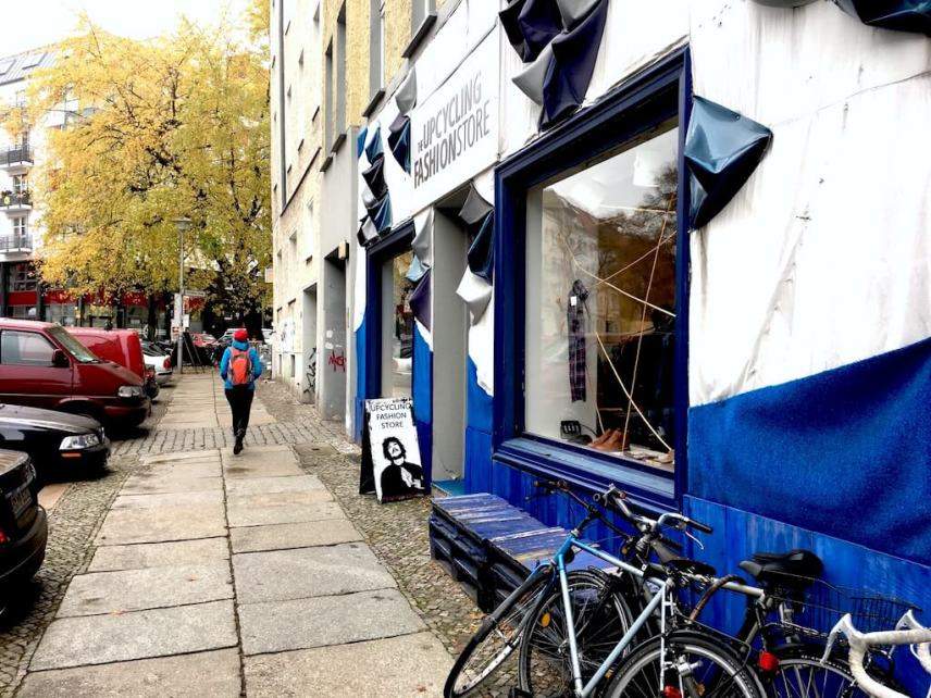 Podcast - Upcycling Fashion Store Berlin / People Passing