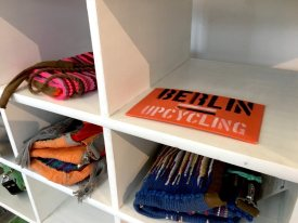Podcast - Upcycling Fashion Store Berlin / Shelf