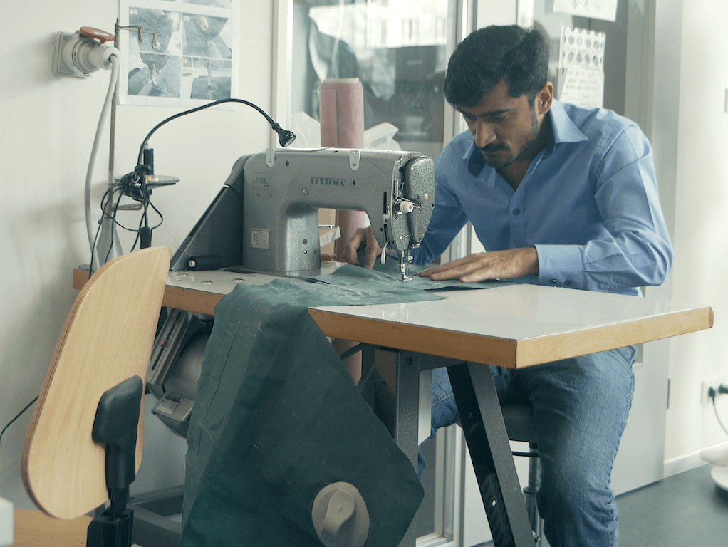Mimycri tailor Abid sewing | GreenMe Berlin Podcast