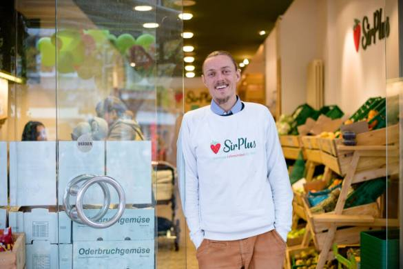 Sir Plus Berlin - Founder Raphael Fellmer | GreenMe Podcast Ep 17