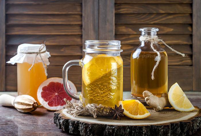 18 Healthy Reasons to Sip Kombucha