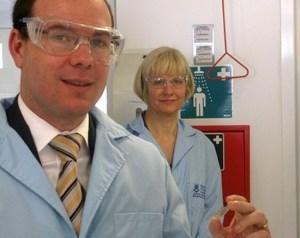 stick-on-solar-cells-university-of-queensland_stpGI_69