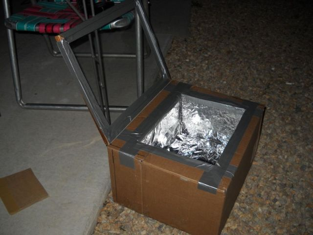 Make a Solar Oven From Cardboard Box in 5 Steps - The Green