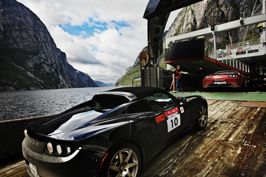 Norway Tax Incentives Spur Tesla Model S Sales The Green