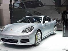 Porsche Performance Green Car