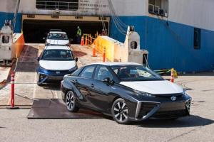 World's First 300+mi ZEV - 2016 Toyota Mirai Hits the Docks in California.