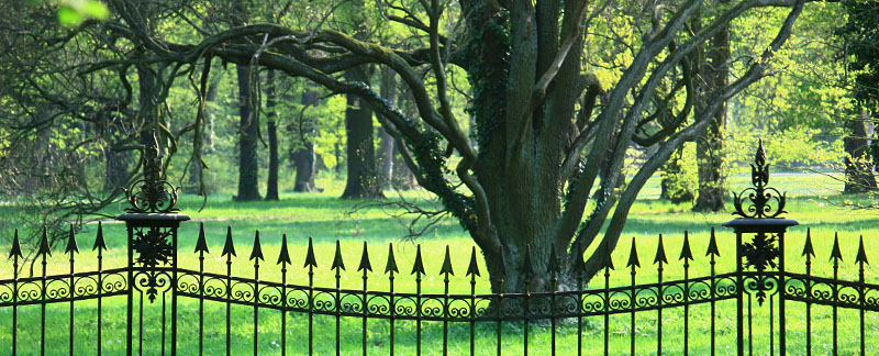 Green Parrot Gardens | Our Heritage | Fence