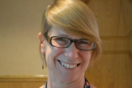 Monika Firl (David Kattenburg)