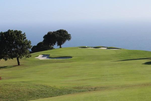 Los Verdes Golf Club Rancho Palos Verdes CA. Hole 13 Approach