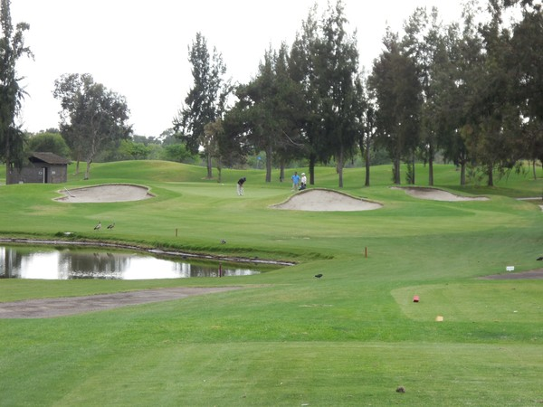 Mile Square Golf Club CLASSIC Fountain Valley California. Hole 13 Par 3