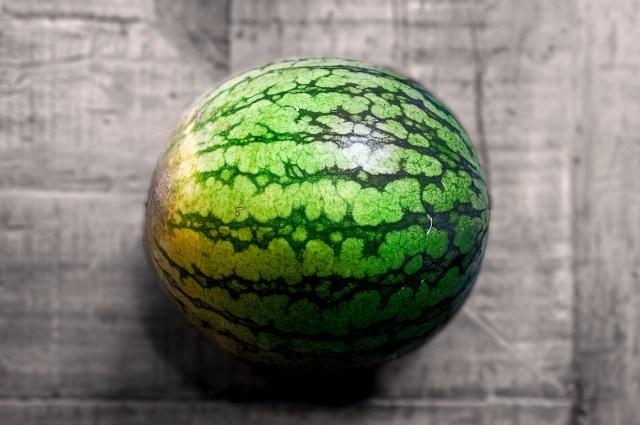 Nicht nur Bananenschale, sondern auch die Schale der Wassermelone enthalten viele Ballaststoffe.  Bild von athree23 auf Pixabay