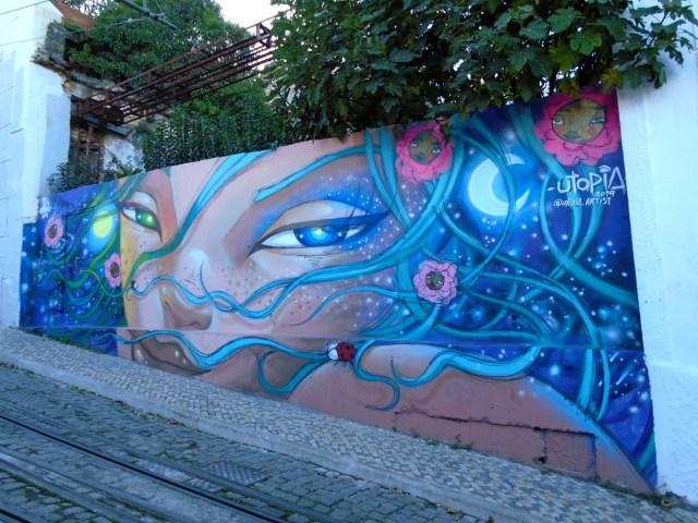 Ein weiterer Blickfang auf der Strecke des Elevador im Bairro Alto in Lissabon.