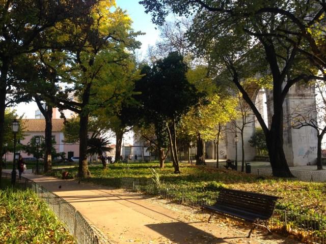 Der Jardim das Amoreiras im Largo do Rato in Lissabon.