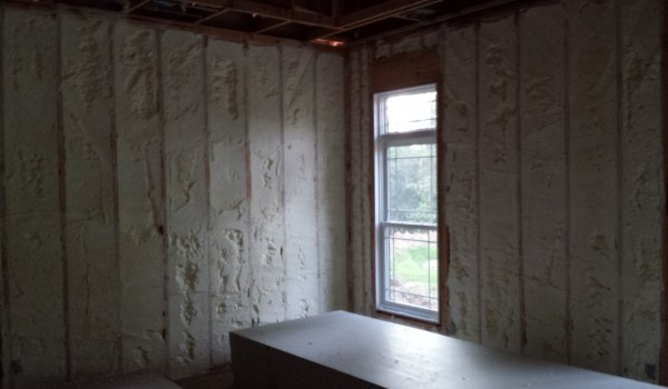 Spray-Foam-Insulation-St-Charles