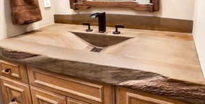 woodform-aged-hickory-finish-with-rough-hewn-edge