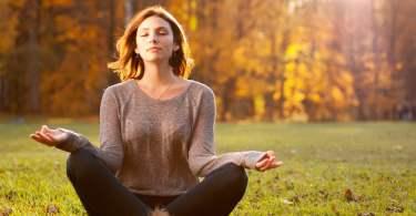 contrer la déprime automnale avec le yoga