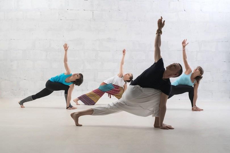 Faire du yoga ou du chi qong pour mieux dormir