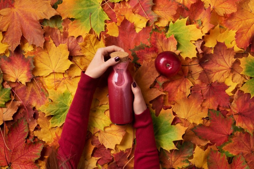 Détox automnale : boire des jus détox frais