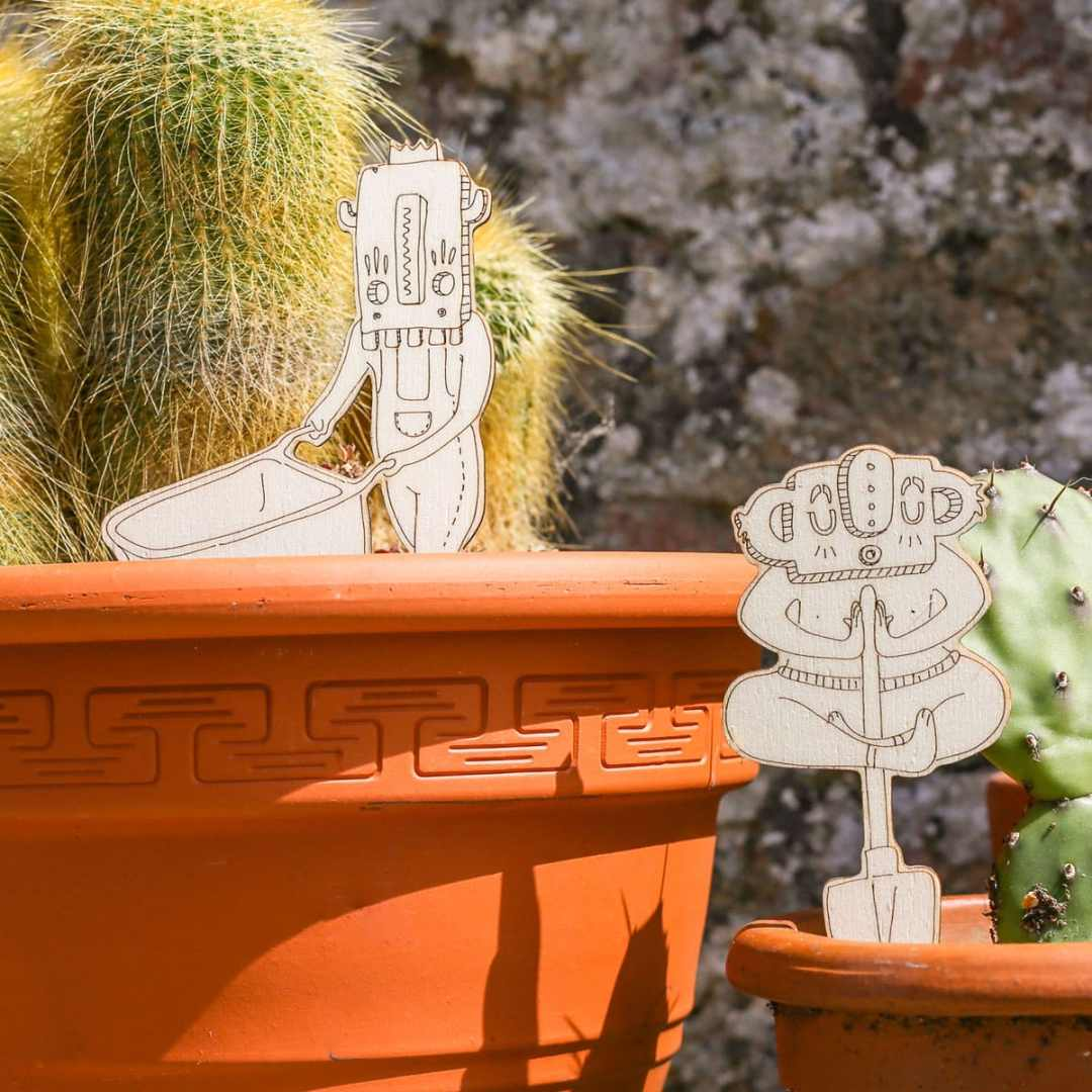 Houseplant accessories - Charette et Dreaman chamans by Miwitipee
