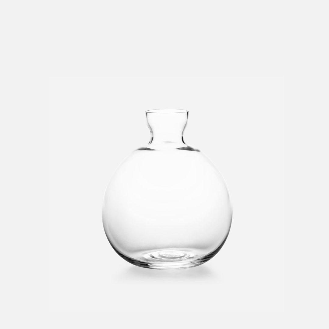 Acorn vase by Estrid Ericson from Iconic Swedish Brand Svenskt Tenn 3