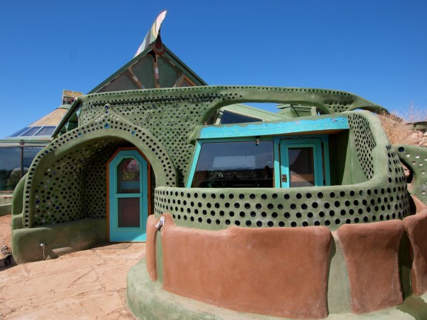 http://kirknielsen.com/project/earthships/