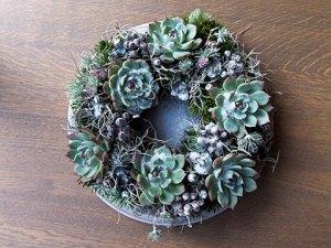 Kerstkrans met vetplanten