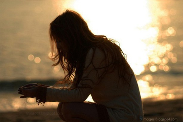 alone-cute-girl-sadness-sunset-broken-heart-57781
