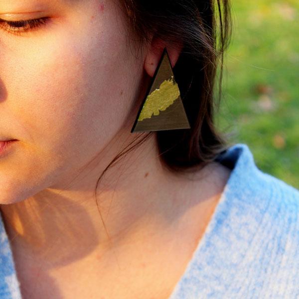 Χειροποίητα σκουλαρίκια γεωμετρικά από Plexiglass με φύλλο χρυσού
