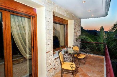 living_room_balcony_pefkochori_thumb