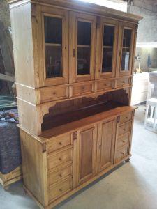 bahut vaisselier en bois ancien pin massif