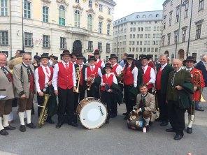 Viele Bekannte waren vor Ort, hier unsere Gäste vom Musikfest 2004, die TMK Neukirchen bei Lambach unter Obmann Markus Achleitner.