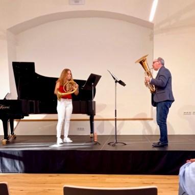 Ein Stück spielte Selina mit ihrem Vater Johann (Tenorhorn)