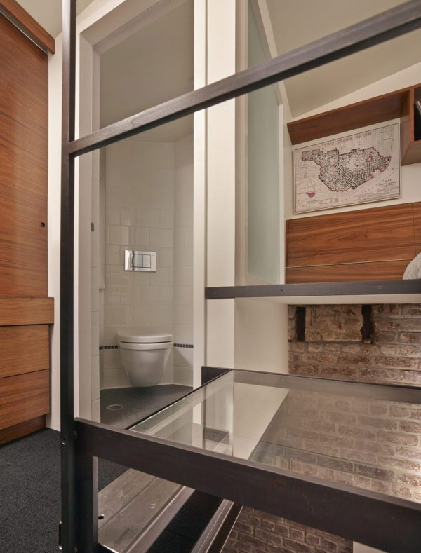 brick-house-laundry-room-to-tiny-house-conversion-08-600x789
