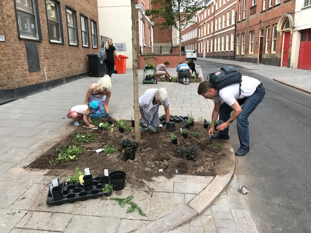 Volunteers at The Greening Greyfriars Project