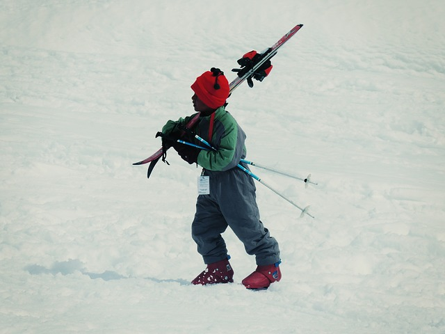 skiing-405625_640