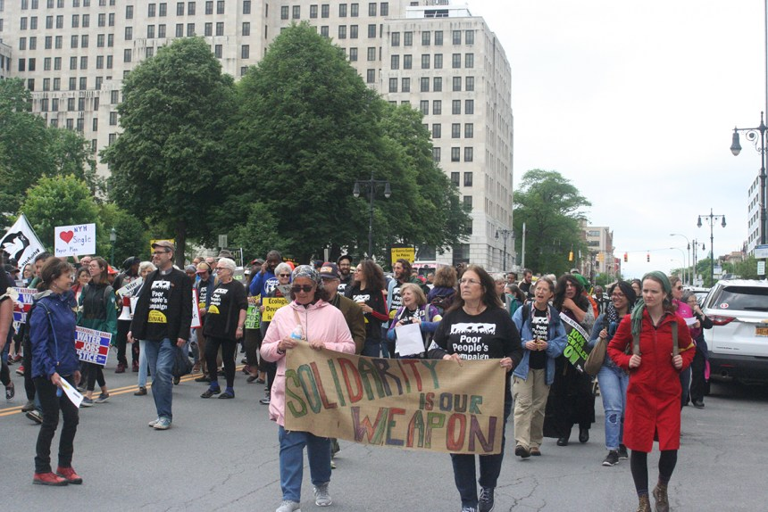 Demonstrators march down State Street to Lafayette Park in Albany, New York, June 4, 2018; photo by Jason Velázquez.