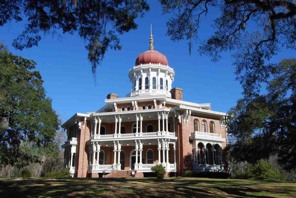 Longwood Hall in historic Natchez, Mississippi; photo courtesy Visit Natchez.